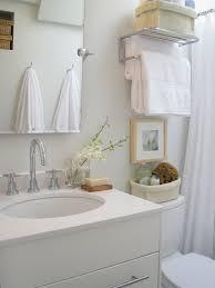 fresh tiny bathroom 6545