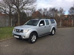2006 55 nissan navara 2 5 dci se low miles snug top back crew