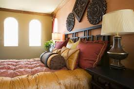 Wine Color Bedroom by Bold Color Schemes For Bedrooms