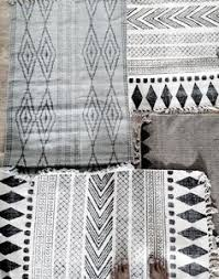 Black And Cream Rug Black And White Rug Rugs Pinterest Black Room And