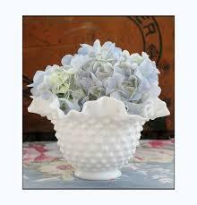 Milk Vases For Centerpieces by 864 Best Home Decor Milk Glass Images On Pinterest Milk Glass