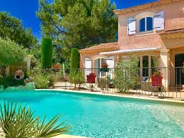 Schlafzimmer In Arles Provence Vaucluse Urlaub Fewo Direkt