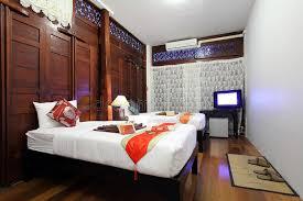type de chambre d hotel chambre à coucher tropicale d hôtel de type thaï image stock image