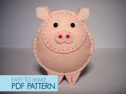 easy to sew felt pdf pattern diy gino the pig finger puppet