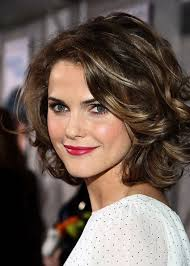 midway to short haircut styles short layered haircuts for wavy hair