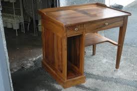 bureau informatique bois massif bureau rustique chene massif excellent bureau bureau tiroirs en