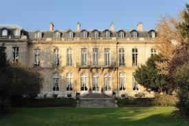 consolato d italia parigi ambasciata