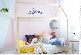 cabane pour chambre chambre enfant le lit cabane décoration créative
