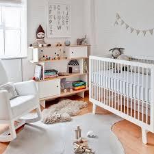 chambre bébé bois naturel chambre bebe famille et bébé