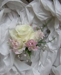 wedding flowers blog becky u0027s country style wedding flowers in