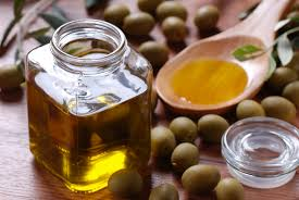cuisiner à l huile d olive bien choisir cuisiner et conserver huile d olive le de