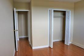 Small Bedroom Closets Design Minimalist Bedroom Luxury Minimalist Bedroom Design For Small