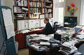 Einstein Cluttered Desk If A Cluttered Desk Is A Sign Of A Cluttered Mind What U0027s An Empty