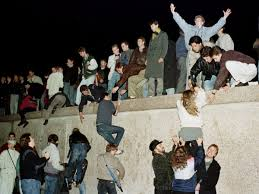 photos from the fall of the berlin wall business insider