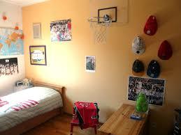 panier de basket pour chambre une chambre très basket aux petites canailles
