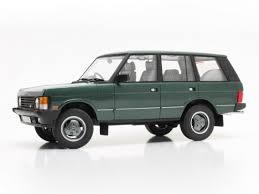 first range rover 1 18 cult scale range rover classic vogue street model car