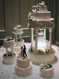 wedding cake fountain stand ideas wedding decor theme