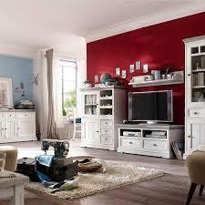 wandgestaltung landhausstil wohnzimmer die besten 25 landhausmöbel weiss ideen auf best