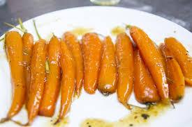 cuisiner les fanes de carottes recette de carottes glacées un ventre sur pattes