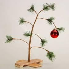 linus christmas tree peanuts popcorn and christmas