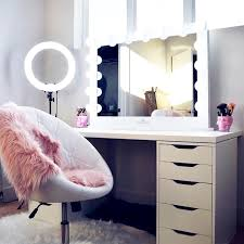 how to pick the ideal makeup vanity makeupjournal com