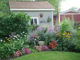 Pictures Of Gardens And Flowers Best 25 Corner Flower Bed Ideas On Pinterest Corner Landscaping
