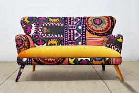 canapé déco des motifs sur le canapé cocon de décoration le