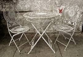 Vintage Bistro Table Vintage Bistro Table And Chairs 200 Apartment Therapy