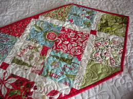 make christmas table runner and easy ideas for table runners