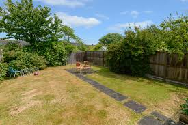 rushmead close canterbury ct2 4 bed semi detached ct2 7rp