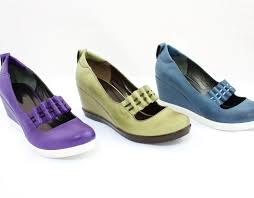 Most Comfortable Shoes For Women Standing All Day Most Ergonomic Footwear Style Guru Fashion Glitz Glamour