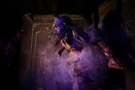 working at halloween horror nights stunning photos of halloween 2016 light art academy