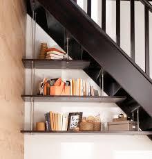 Placard Sous Escalier Avec Tablettes Rangement Gain De Place 15 Idées Pour La Cuisine La Chambre