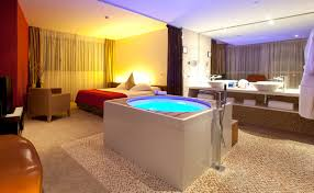 jacuzzi in bedroom hotel descargas mundiales com