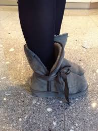womens ugg boots used i wear uggs and i m not embarrassed to say it ok well maybe a