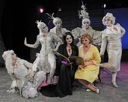 Addams Family Halloween Costumes Photo Flash Meet Cast Addams Family Opening Tonight