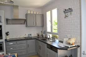repeindre sa cuisine en blanc repeindre sa cuisine en noir repeindre une cuisine en gris
