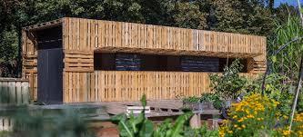 k che aus paletten gardening und nachhaltige architektur