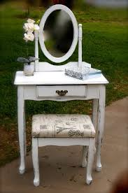 Shabby Chic Vanity Table by 131 Best Vanity Make Up Table Dressing Table Images On Pinterest