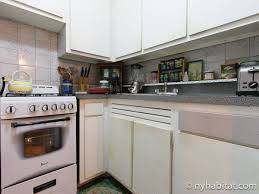 Bedroom And Kitchen New York Bed And Breakfast 1 Bedroom Apartment Rental In Queens