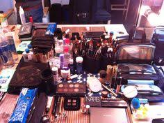 traveling makeup artist how to put together a basic makeup artist kit worked