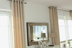 Wohnzimmerfenster Modern Die Passenden Gardinen Und Vorhänge Schmücken Die Fenster 35