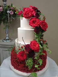 wedding cakes ideas in icing for your dream wedding cake
