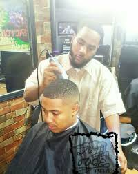 dee the barber doing what he does best fade yelp