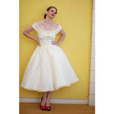 wedding dress edmonton which hairstyle for a 40s wedding wedding edmonton wedding