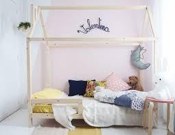 cabane pour chambre diy un lit cabane pour une chambre d enfant rooms room and