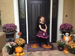 bats halloween front door decoration 8 fun halloween door ideas
