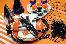 spirit halloween franchise sweet and spooktacular halloween party ideas edible news