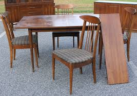Broyhill Dining Room Table by Broyhill Dining Room Table