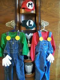 Mario Luigi Halloween Costumes Couples 25 Mario Halloween Costumes Ideas Halloween